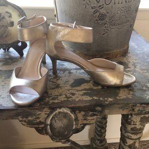 Pelle Moda gold leather heels w/wide ankle strap